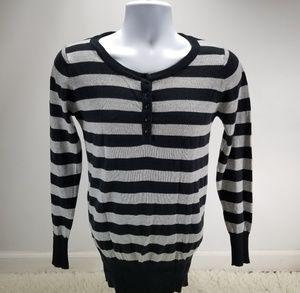 Zara Button Top Sweater Sz Medium